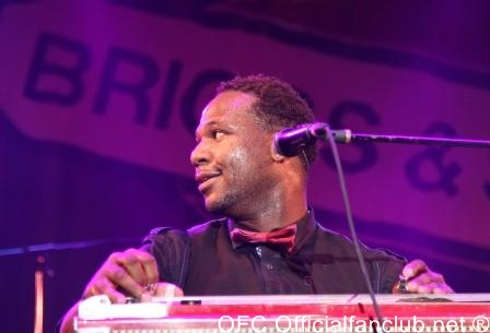 Photo: Official Fan Club, Inc. - Robert Randolph Band at Summerfest Milwaukee June 27, 2010